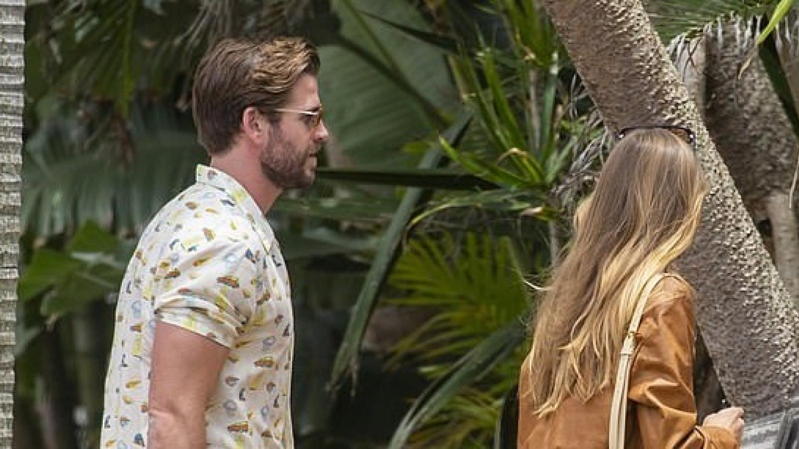 Liam Hemsworth đón sinh nhật ấm áp bên bạn gái