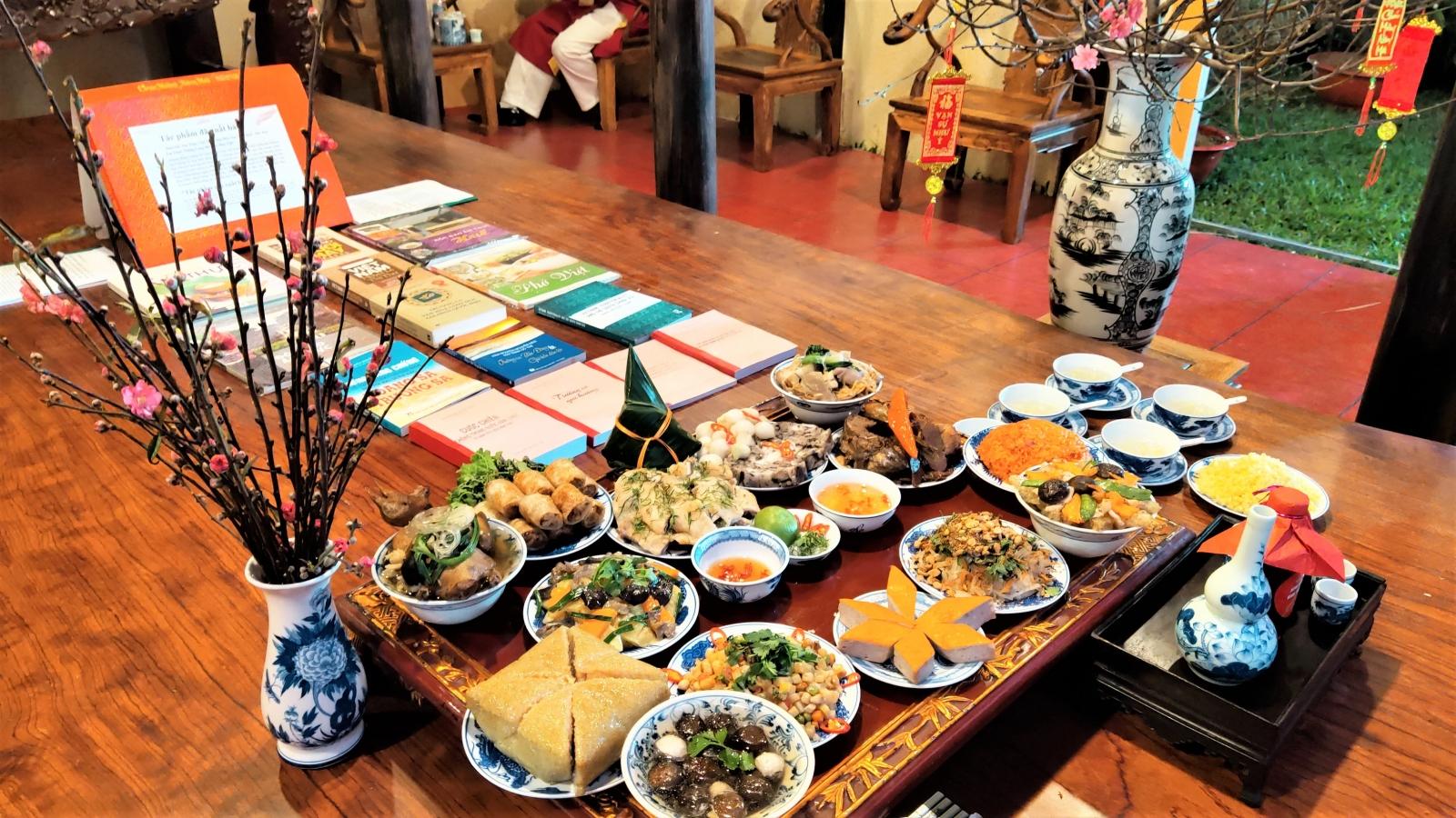 Phát huy các giá trị văn hoá truyền thống tại Lễ hội Tết Việt 2021