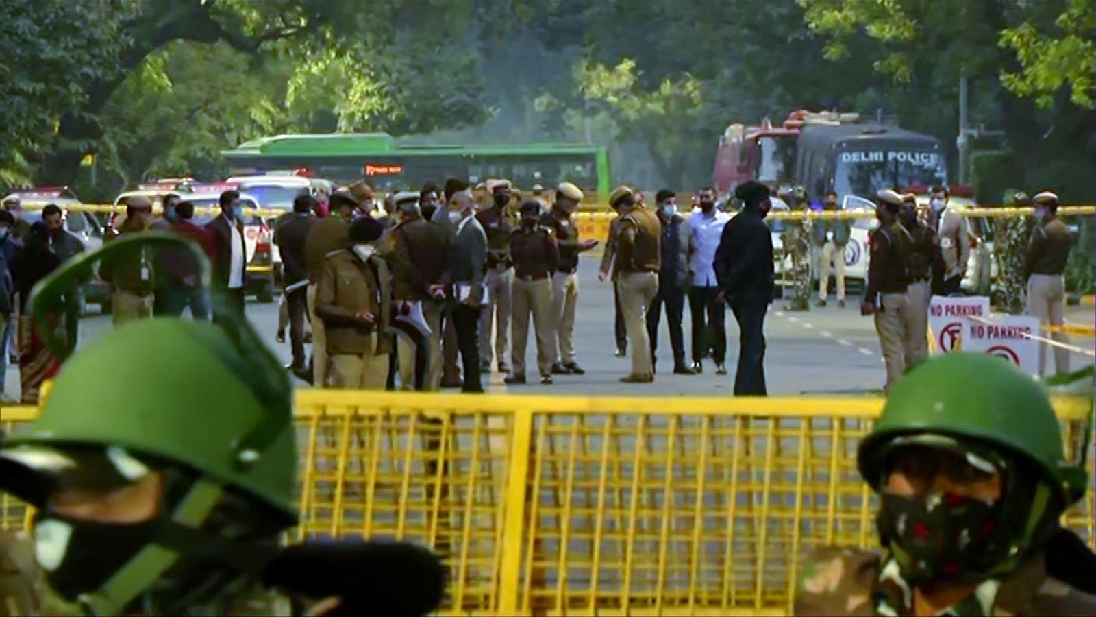 Bom nổ gần Đại sứ quán Israel ở thủ đô New Delhi (Ấn Độ)