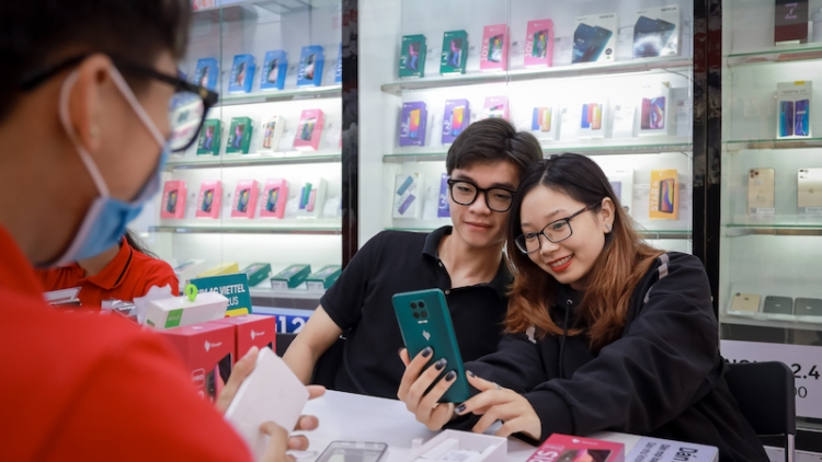 Vsmart – Thương hiệu điện thoại Việt xuất sắc nhất Tech Awards 2020