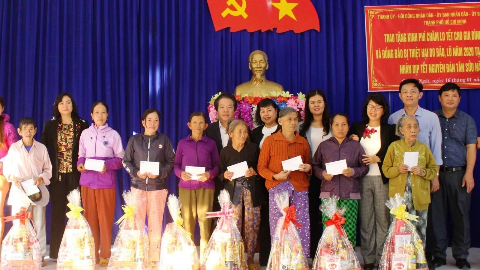 Gần 47.500 hộ nghèo, cận nghèo ảnh hưởng bão, lũ được nhận quà Tết