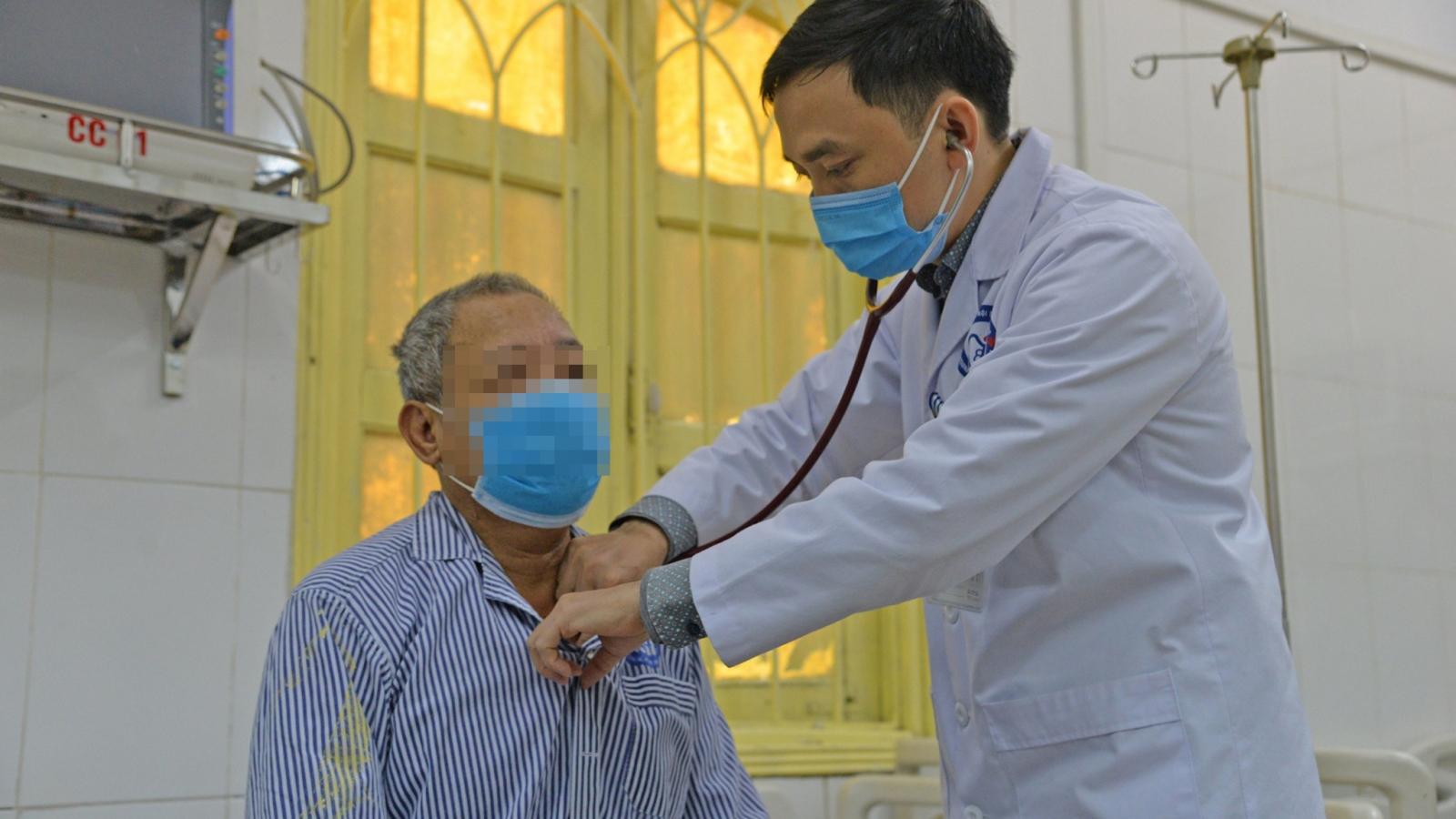 Bỏ chục triệu mua thuốc kiểm soát đường huyết cấp tốc, người bệnh nhập viện cấp cứu