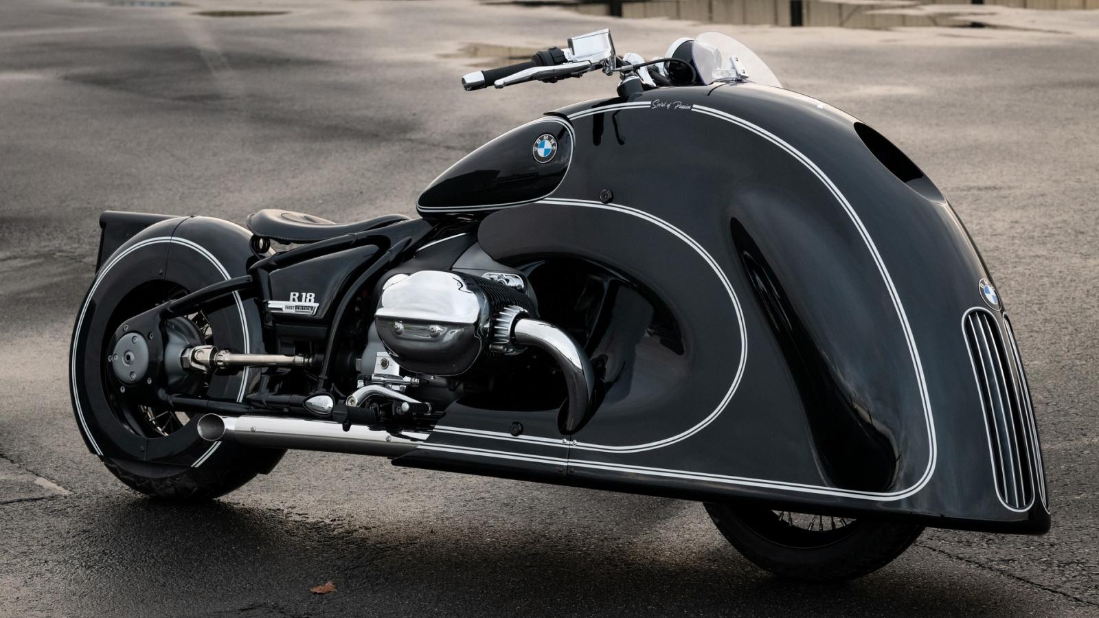 """Cận cảnh BMW R 18 Spirit of Passion với lưới tản nhiệt """"độc nhất vô nhị"""""""