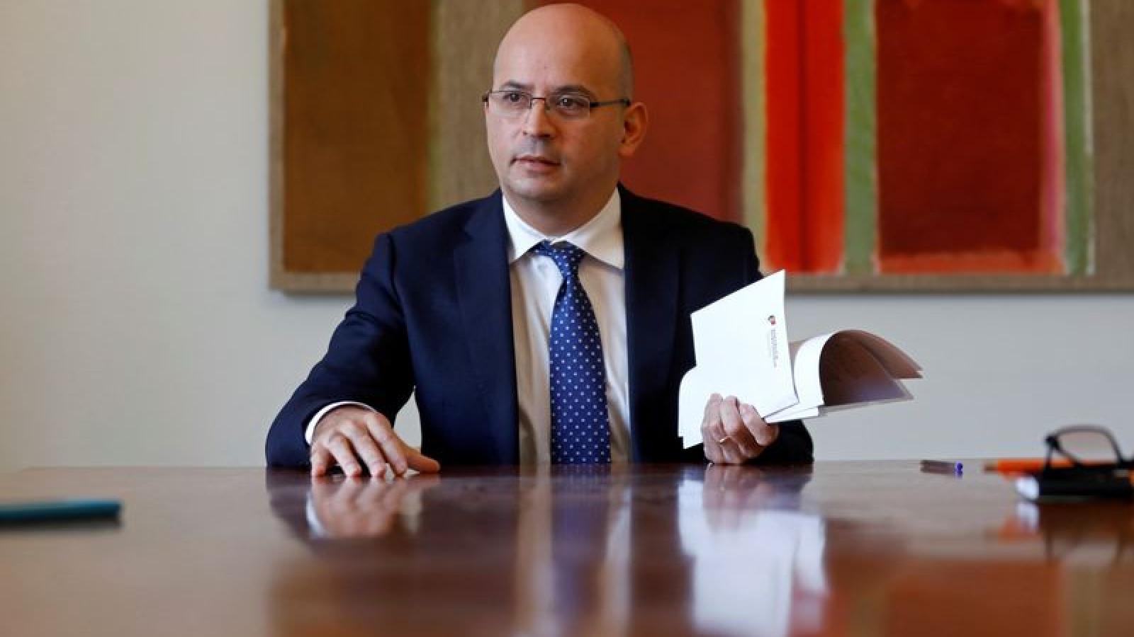 Bộ trưởng Tài chính Bồ Đào Nha dương tính với SARS-CoV-2sau cuộc họp EU