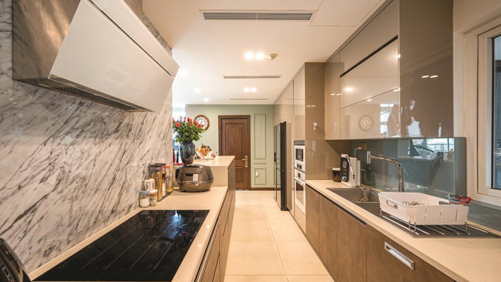 Căn hộ duplex đẹp sang trọng với phong cách tân cổ điển