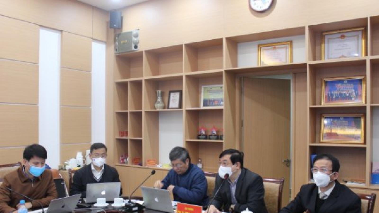 Tình trạng sức khỏe các ca mắc COVID-19 nặng tại các ổ dịch Hải Dương, Quảng Ninh