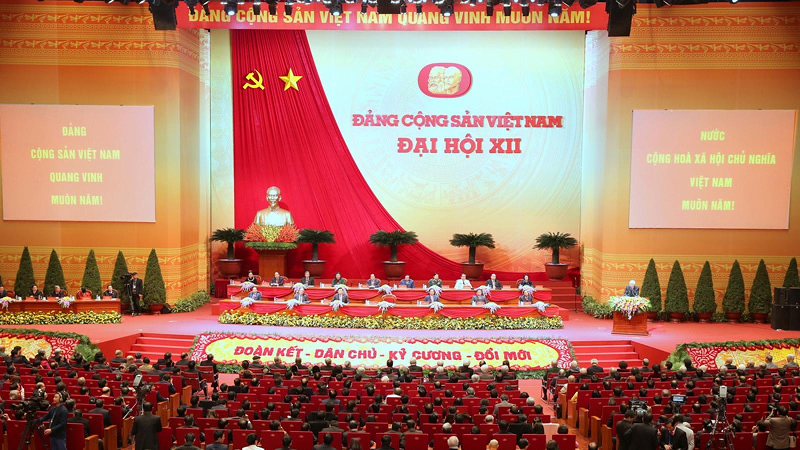 Vì sao Đảng ta kiên định chủ nghĩa Mác-Lênin, tư tưởng Hồ Chí Minh?