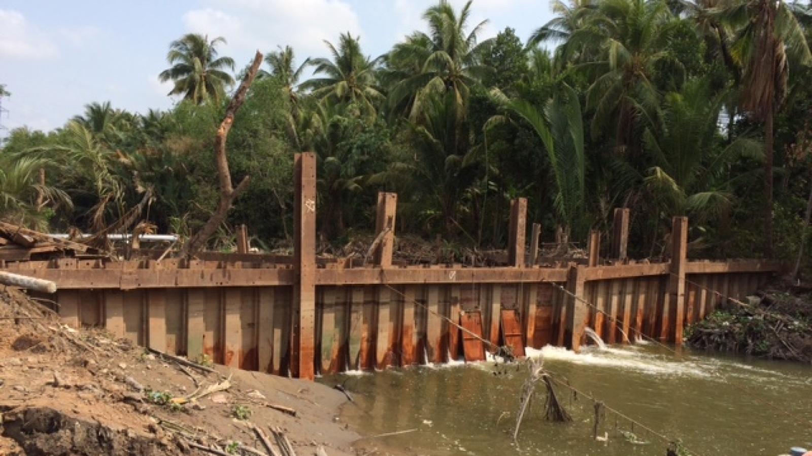 Tiền Giang chủ động đầu tư 194 tỷ đồng đắp đập ngăn mặn, trữ ngọt