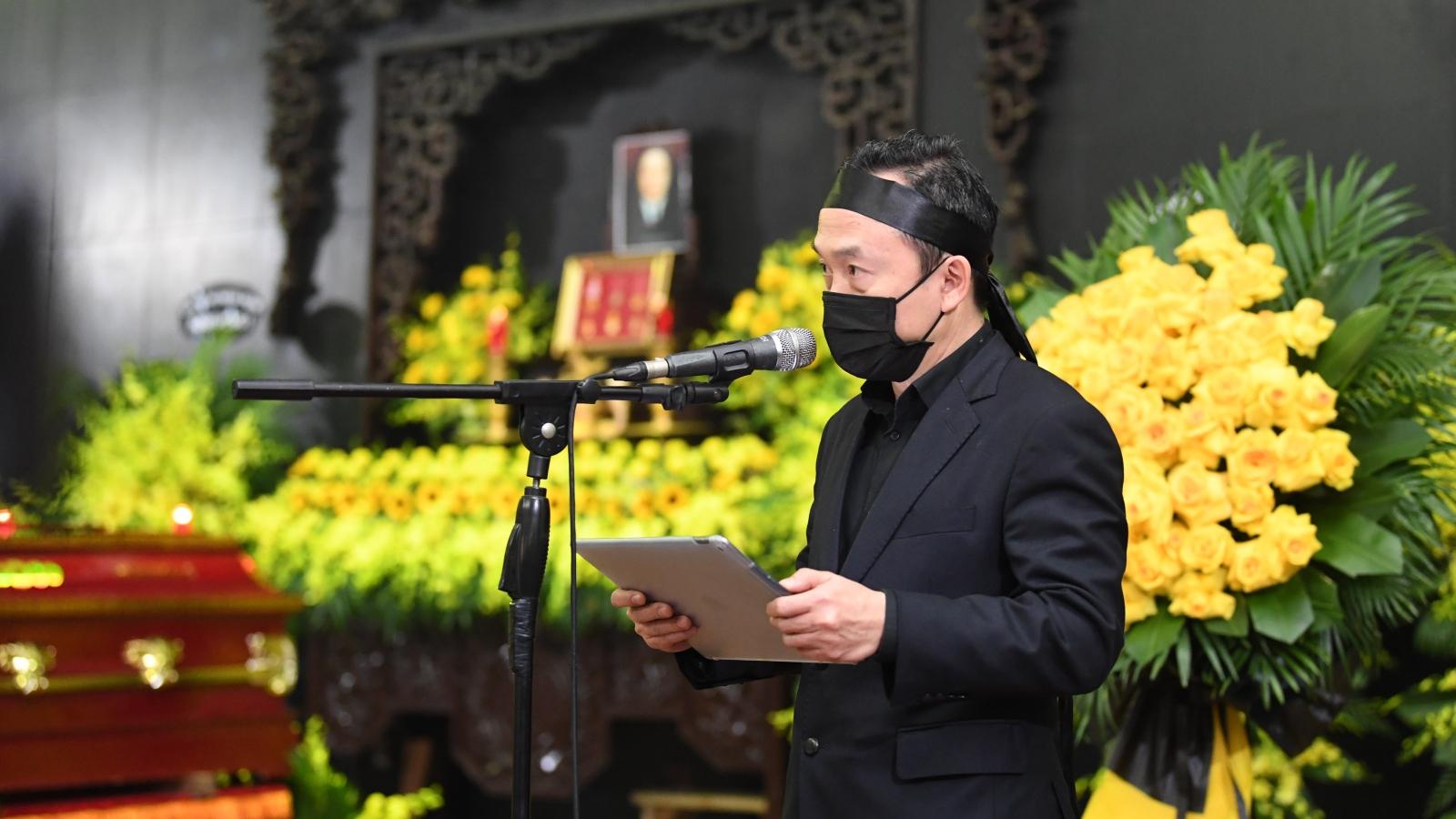 """Nhạc sĩ Quốc Trung nghẹn ngào tiễn đưa NSND Trung Kiên: """"Con tự hào được là con của bố"""""""