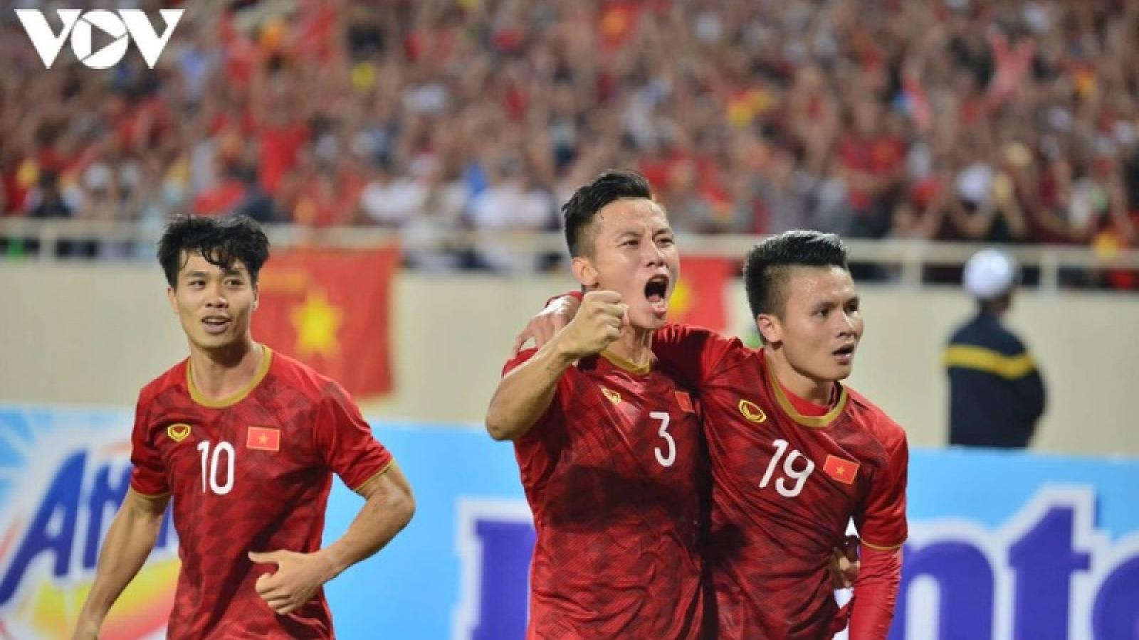 Dàn sao ĐT Việt Nam gửi lời chúc mừng năm mới đến người hâm mộ