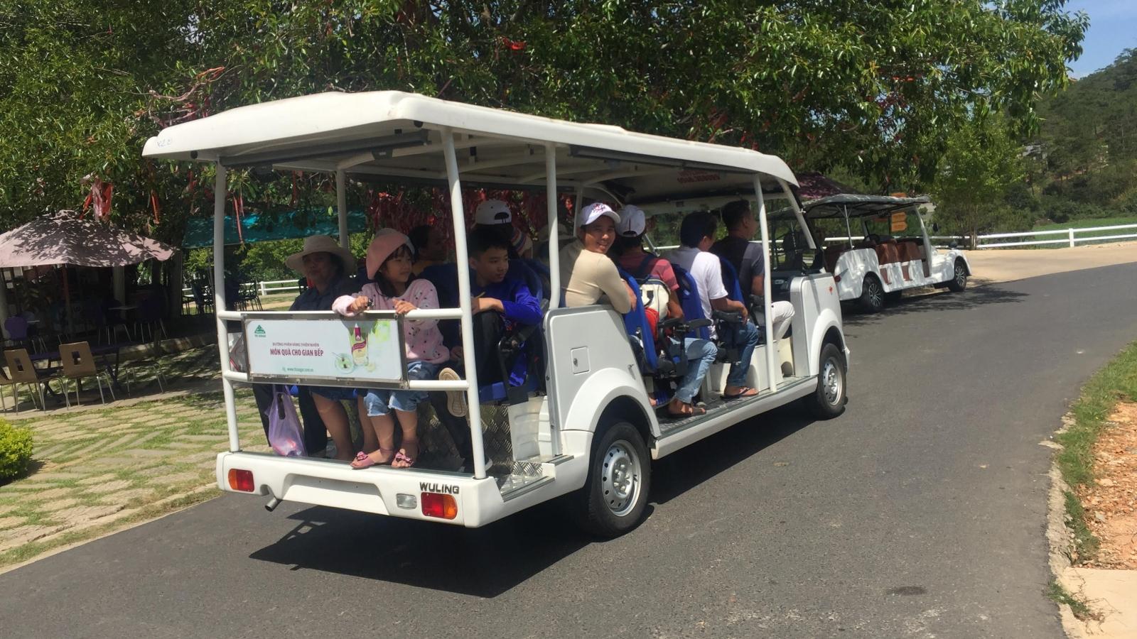 Khách đông kín dịp lễ: Lâm Đồng tiếp tục kích cầu du lịch an toàn