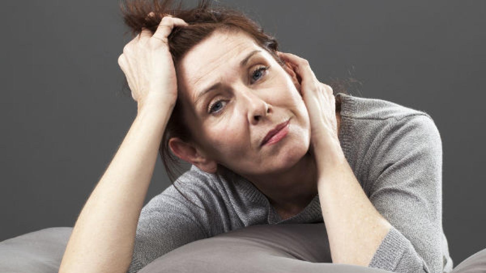 Những nguyên nhân gây tình trạng bốc hỏa ở phụ nữ