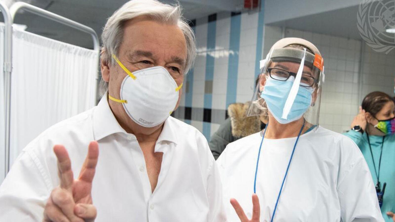 Video: Tổng Thư ký Liên Hợp Quốc Guterres tiêm vaccine ngừa Covid-19