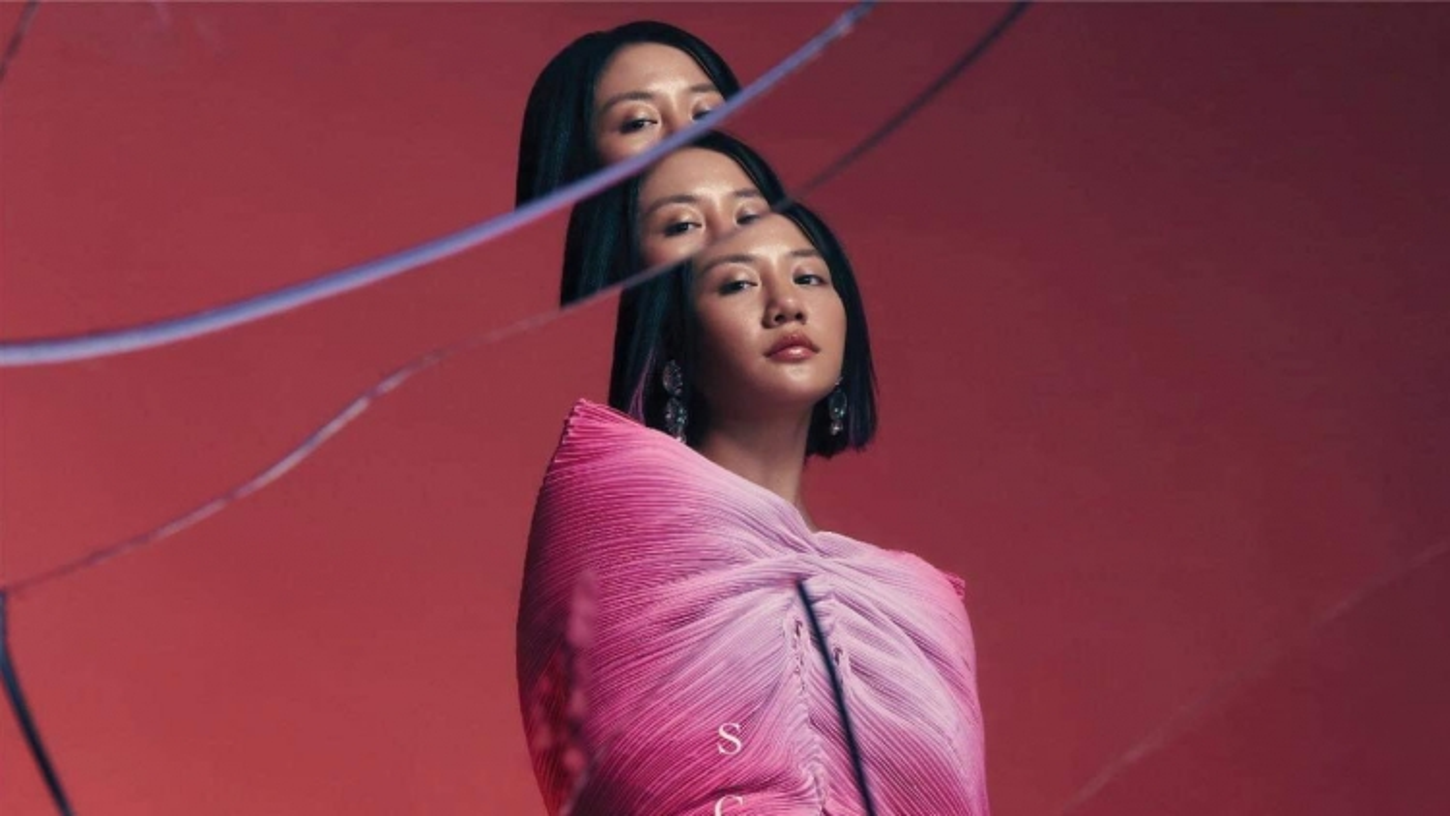 Văn Mai Hương xin lỗi khán giả vì 8 năm mới ra album