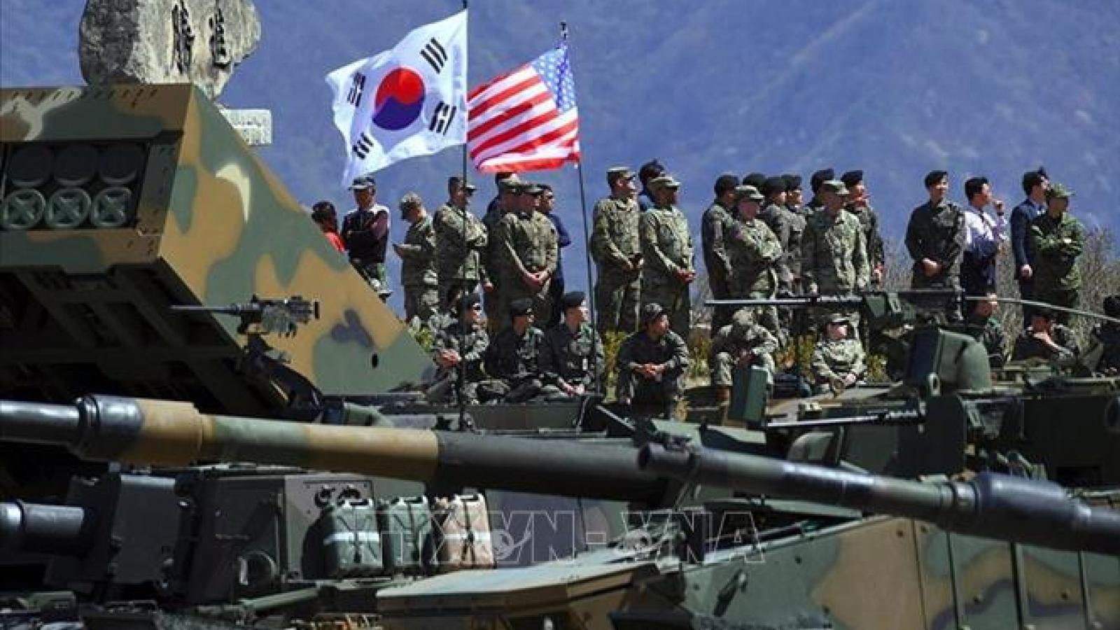 Hàn Quốc và Mỹ triển khai kín tập trận chung trên không