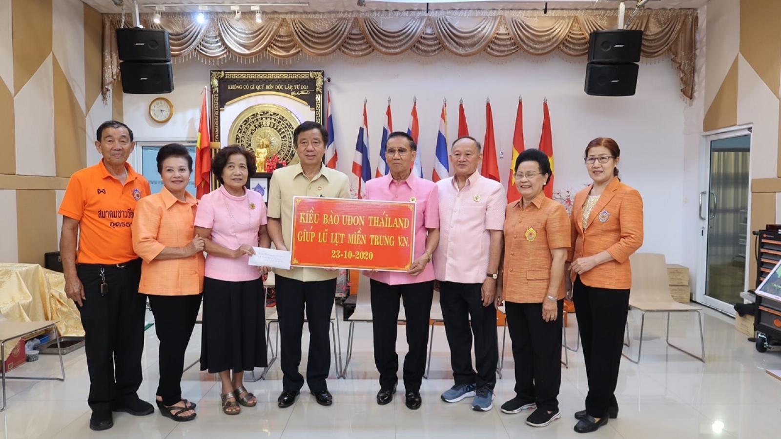 Kiều bào Thái Lan hướng về Đại hội Đảng
