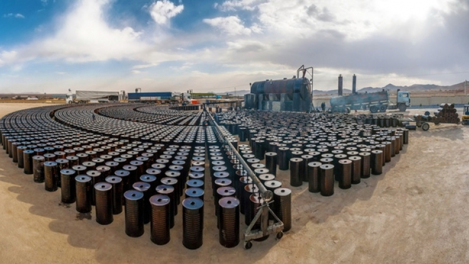 Xuất khẩu dầu mỏ của Iran cao kỷ lục, bất chấp lệnh trừng phạt của Mỹ