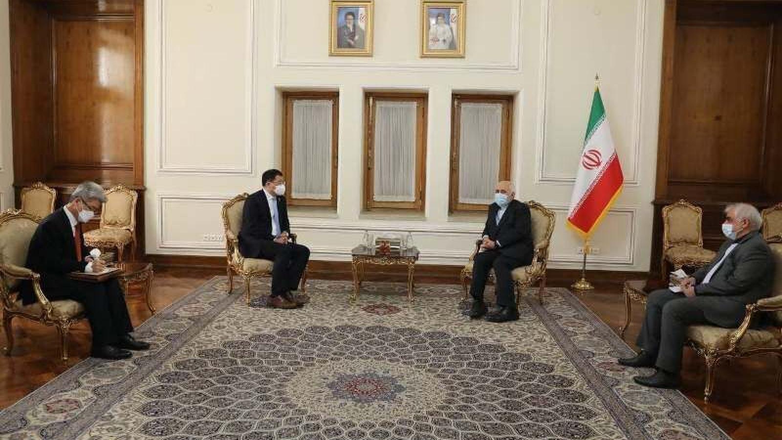 """Iran và Hàn Quốc thảo luận về  7 tỷ USD bị """"đóng băng"""" và con tàu bị bắt giữ"""