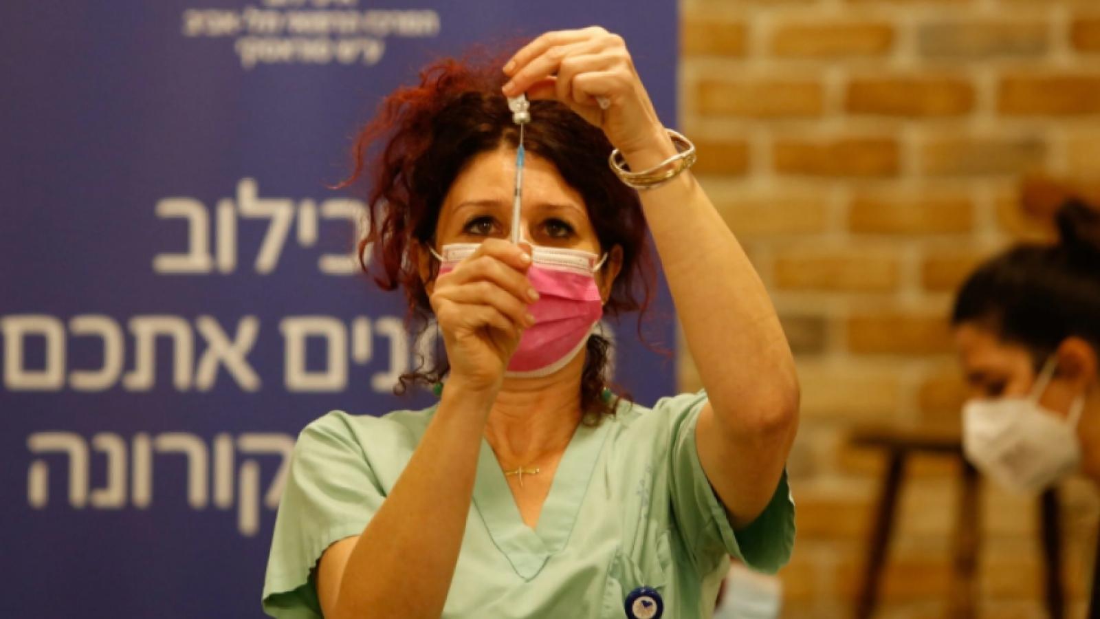 Chưa đầy 2 tuần, hơn 10% dân số Israel được tiêm vaccine ngừa Covid-19