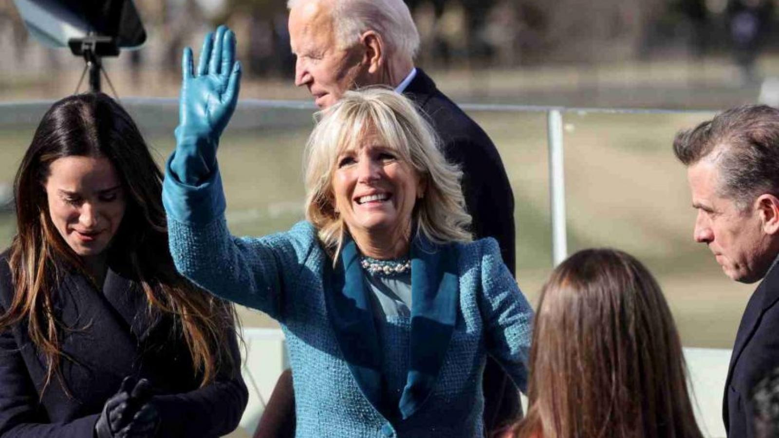 Đệ nhất phu nhân Jill Biden sẽ cân bằng sự nghiệp riêng với vai trò ở Cánh Đông