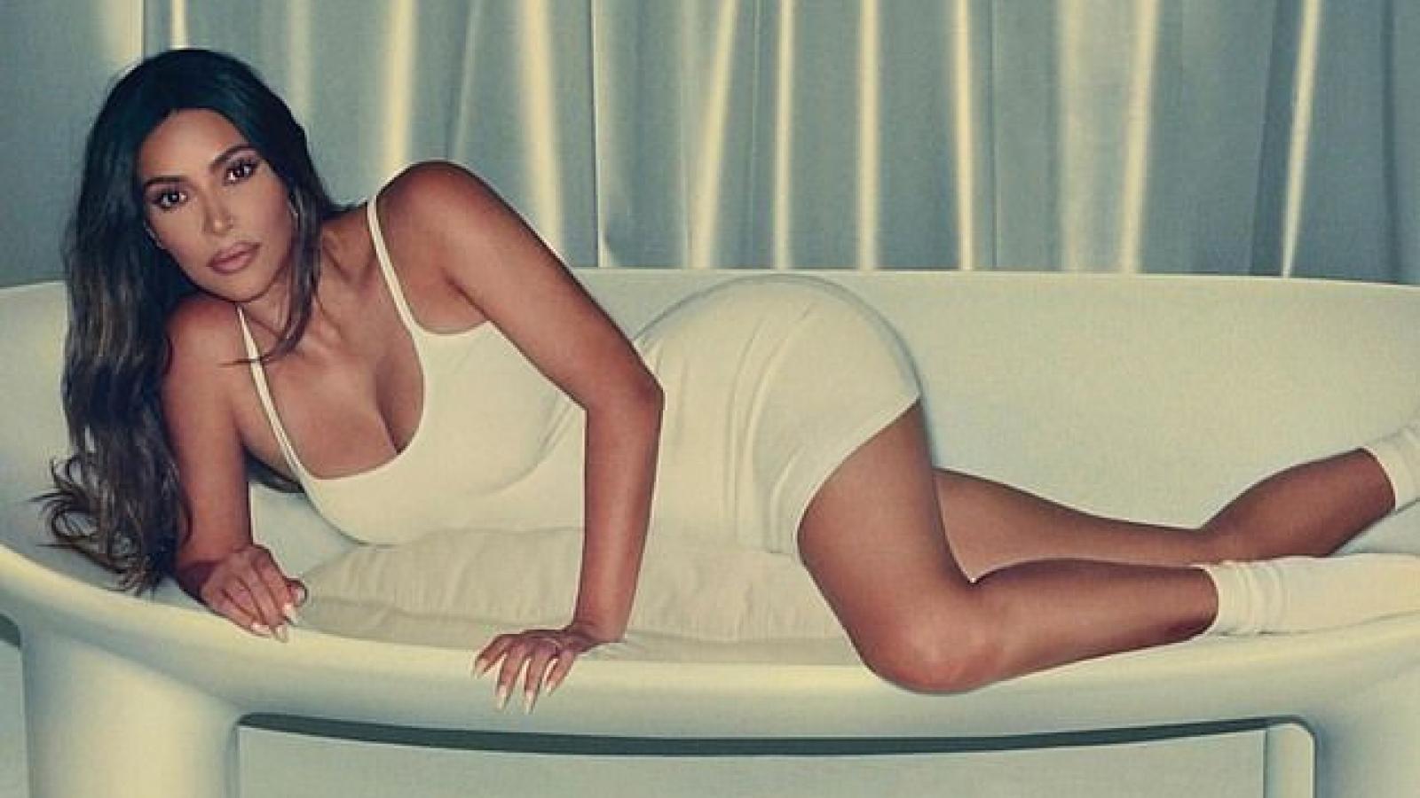 Kim Kardashian nóng bỏng trong hình ảnh mới sau ồn ào ly hôn