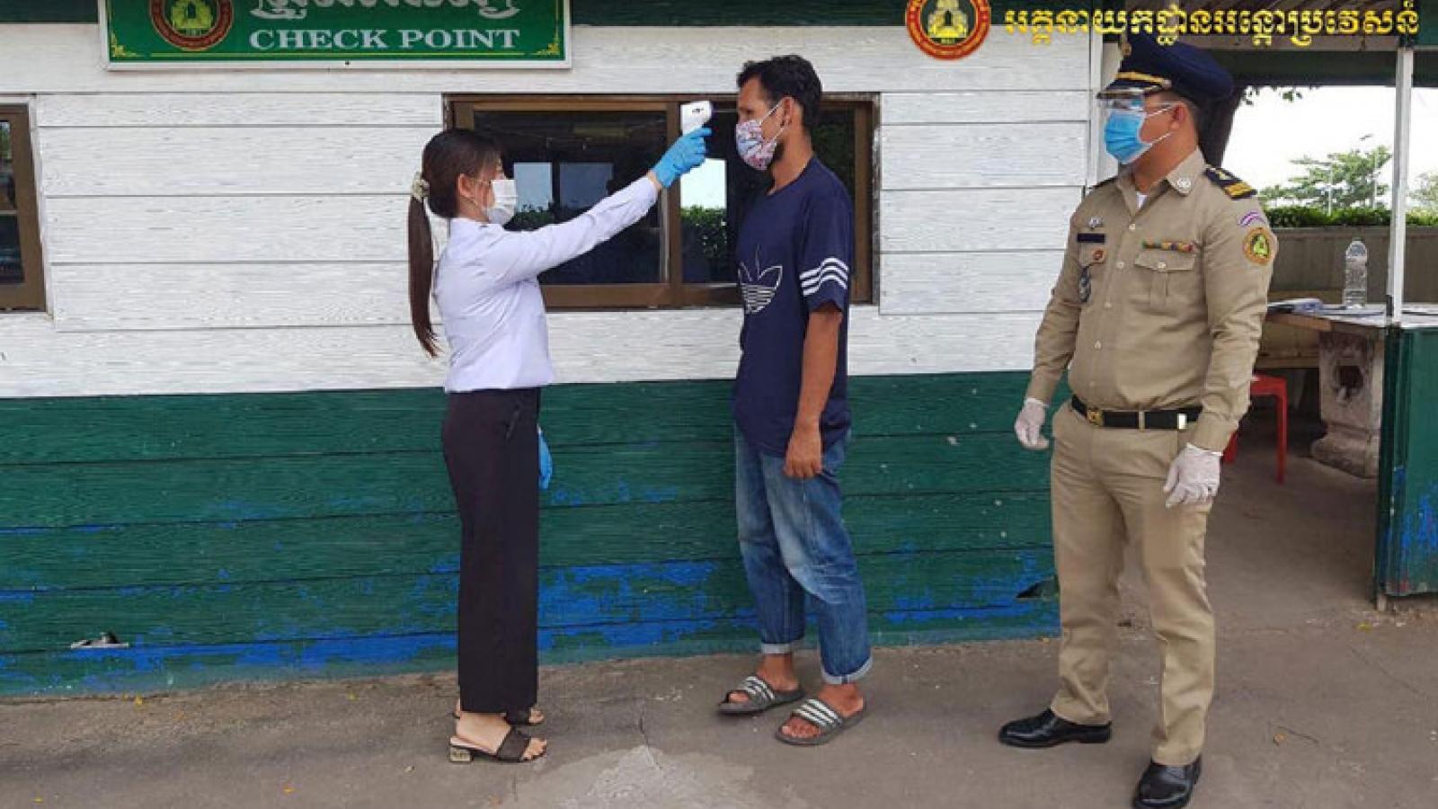 Campuchia tăng cường phòng dịch Covid-19 tại các tỉnh giáp biên giới với Thái Lan