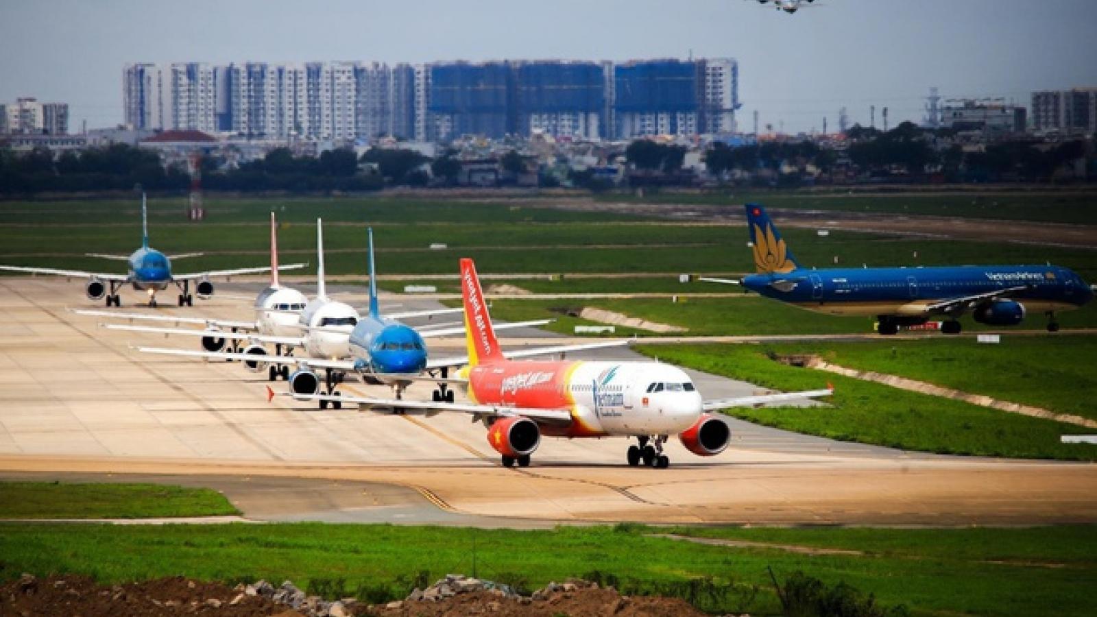 """Bán vé bay Tết vượt quá số lượng, nhiều hãng bị Cục Hàng không """"tuýt còi"""""""