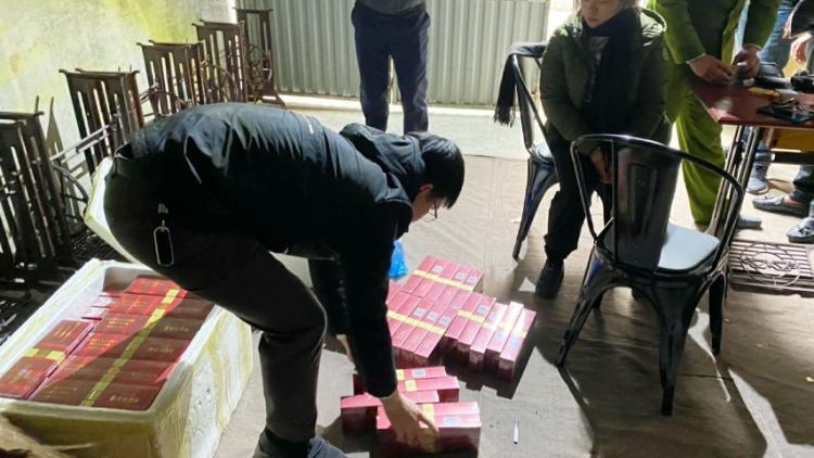 Tăng cường ngăn chặn buôn lậu và xuất nhập cảnh trái phép qua biên giới