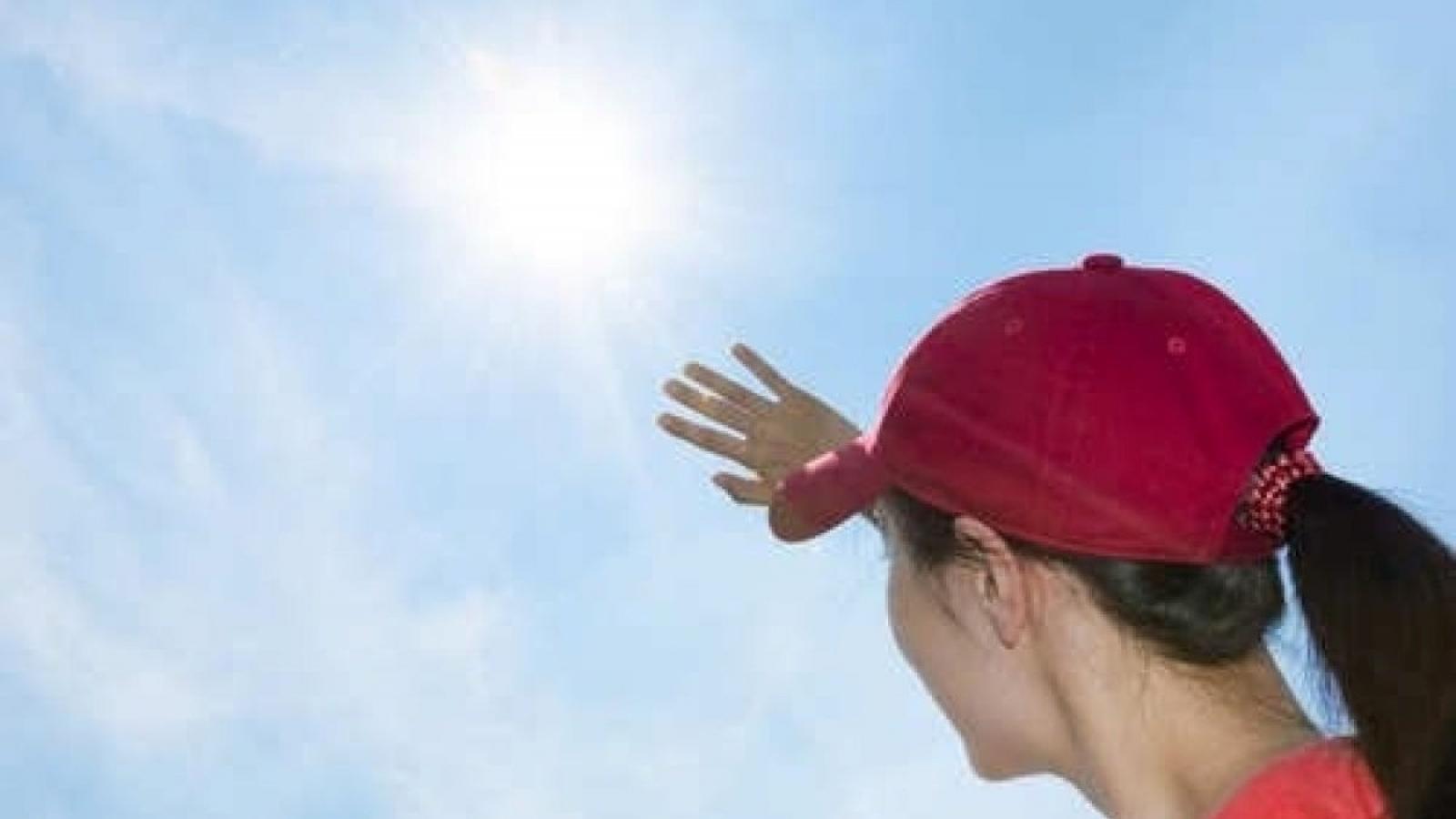 Không khí lạnh suy yếu, cảnh báo tia UV gây hại đến rất cao trong những ngày tới