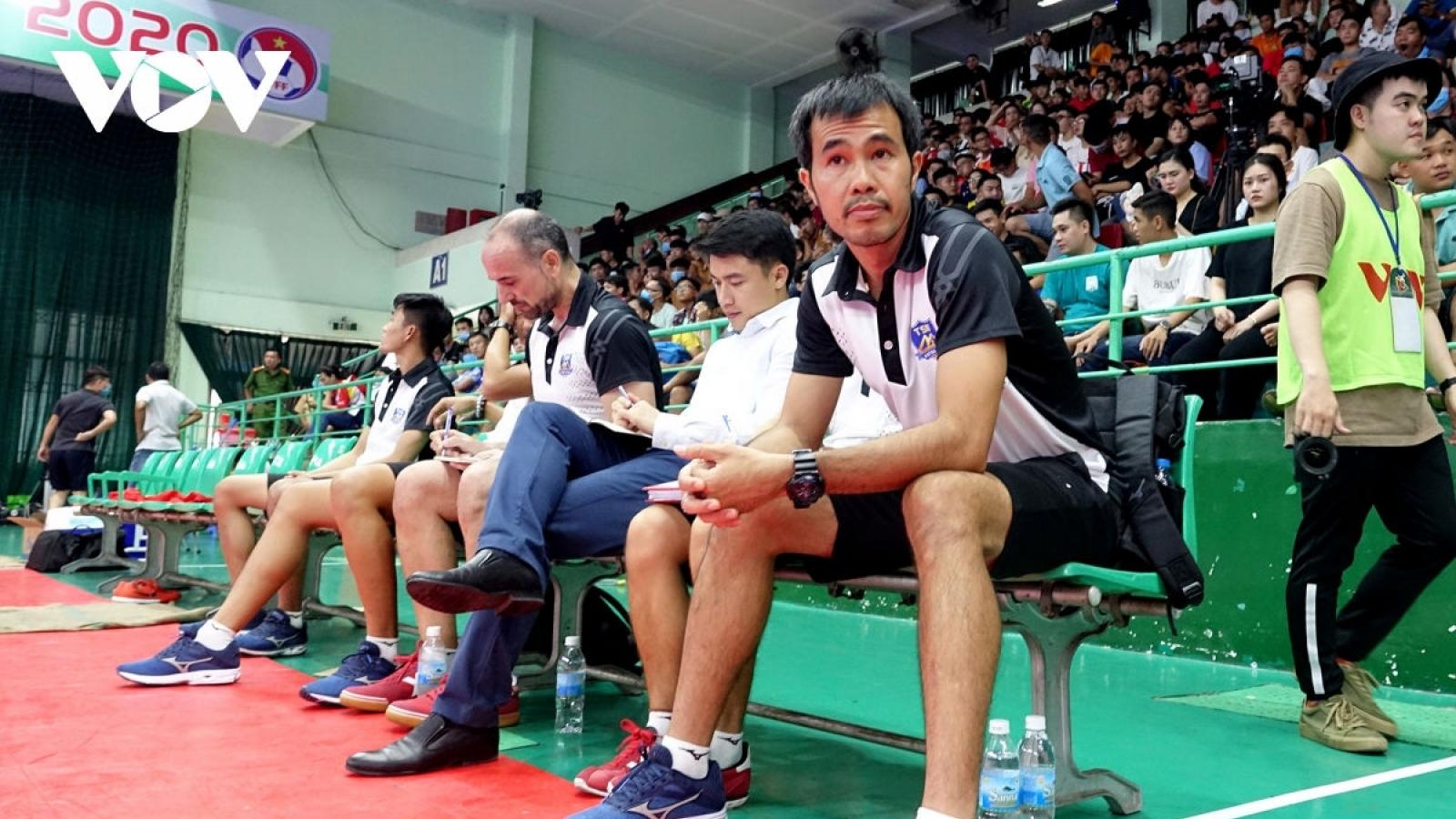 HLV ĐT Futsal Việt Nam được đề cử cho danh hiệu HLV xuất sắc nhất thế giới
