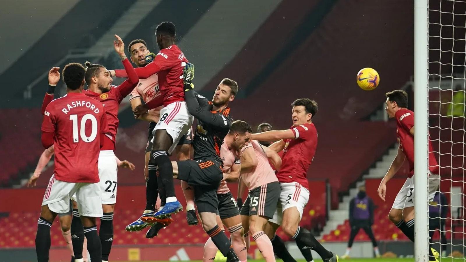 Thua sốc Sheffield United, MU không thể đòi lại ngôi đầu bảng Ngoại hạng Anh