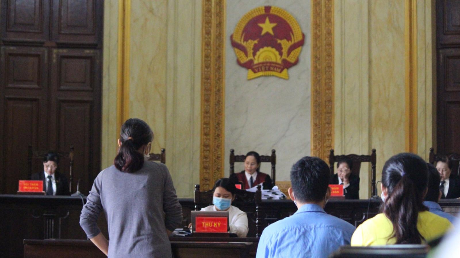 8 bị cáo trong đường dây mua bán thận xuyên quốc gia hầu tòa