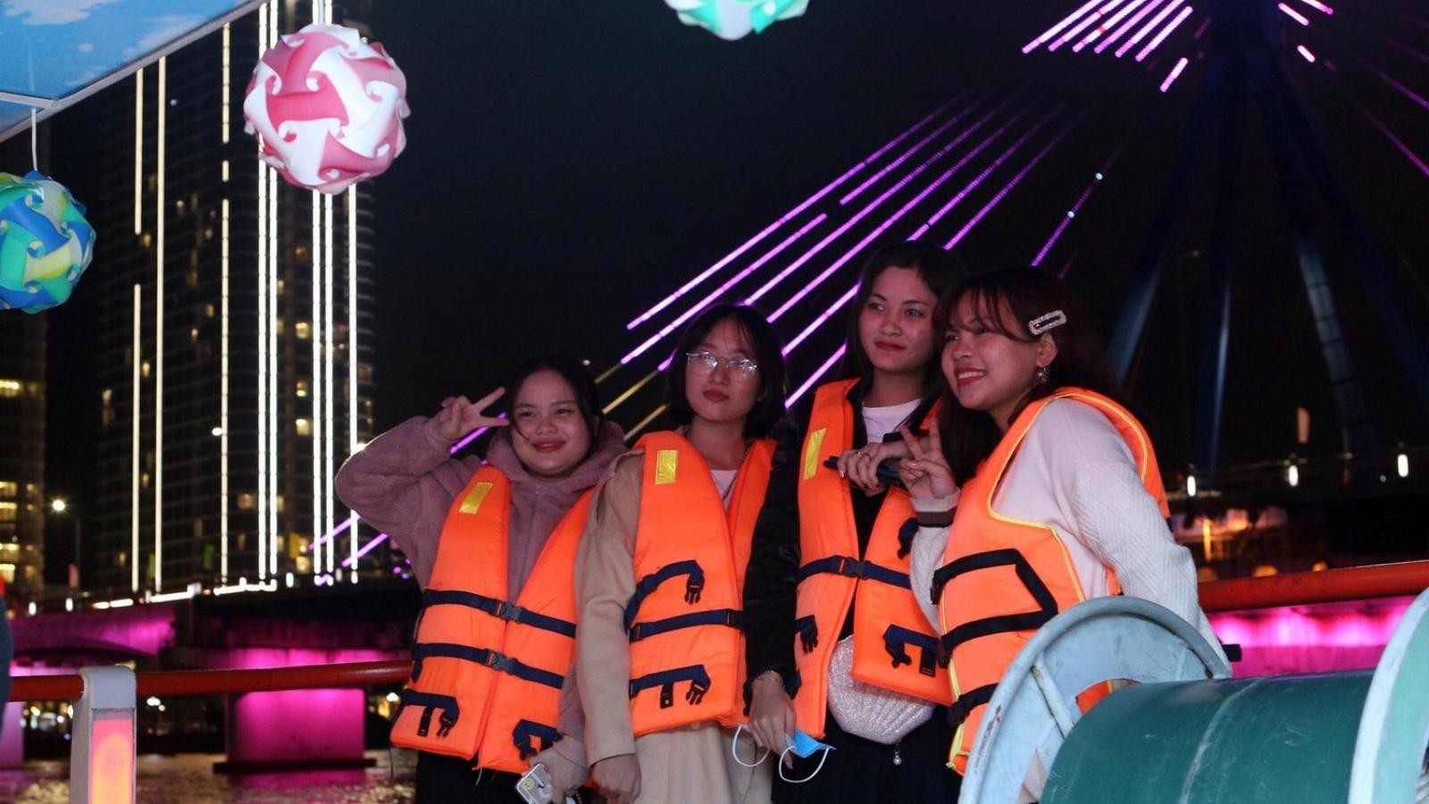 Hơn 800 doanh nghiệp du lịch Đà Nẵng vẫn ngừng hoạt động