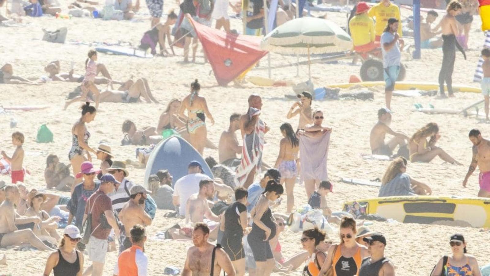 Người dân Australia chào đón Quốc khánh trong nắng nóng thiêu đốt