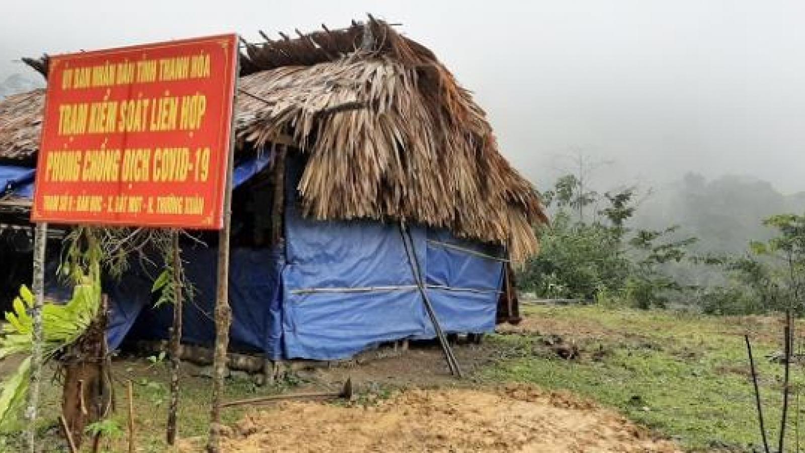 Nhập cảnh trái phép từ Lào về, một phụ nữ bị phạt 5 triệu đồng