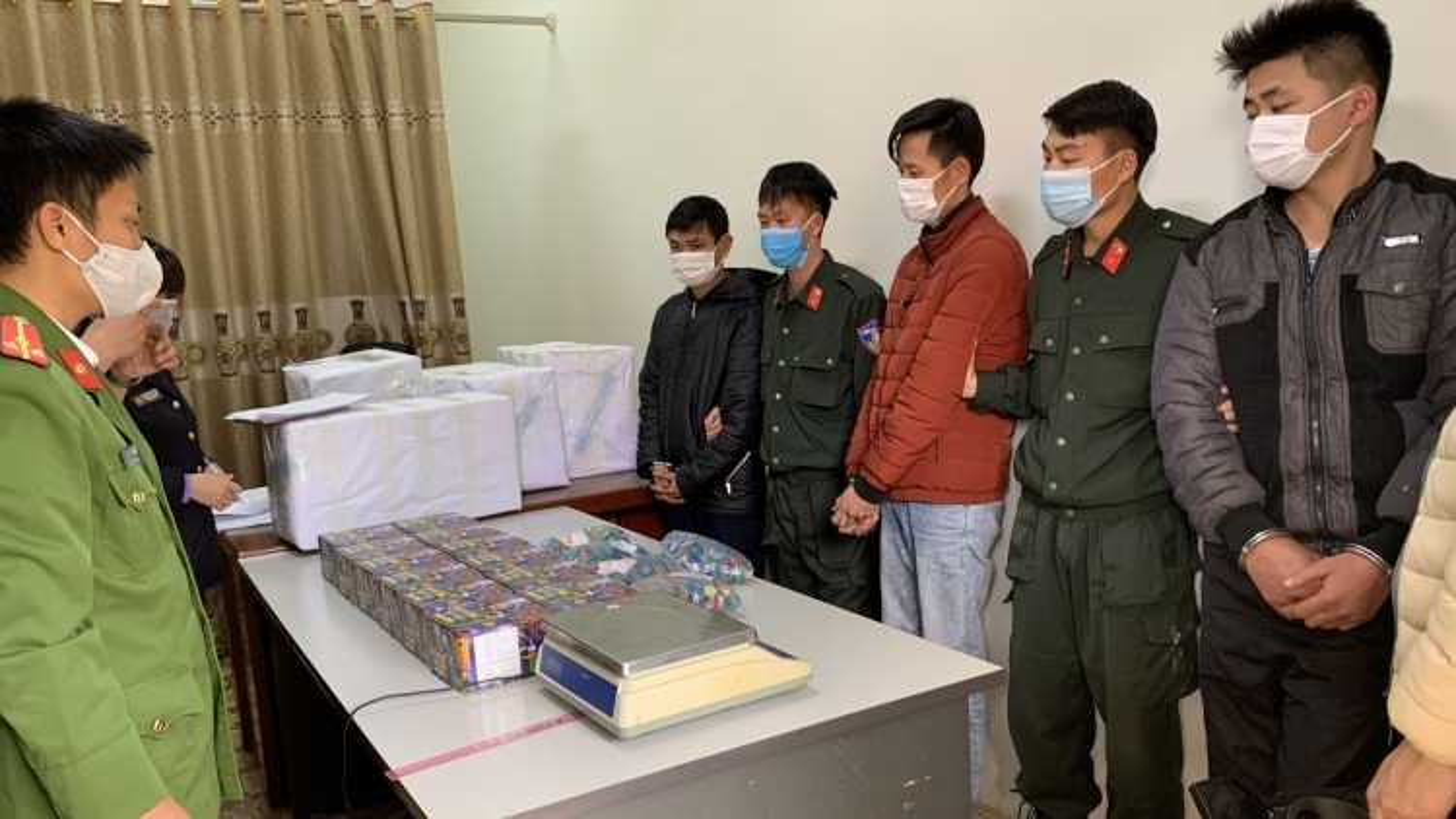 Sơn La: Bắt giữ vụ tàng trữ, buôn bán pháo hoa nổ lớn nhất từ trước đến nay