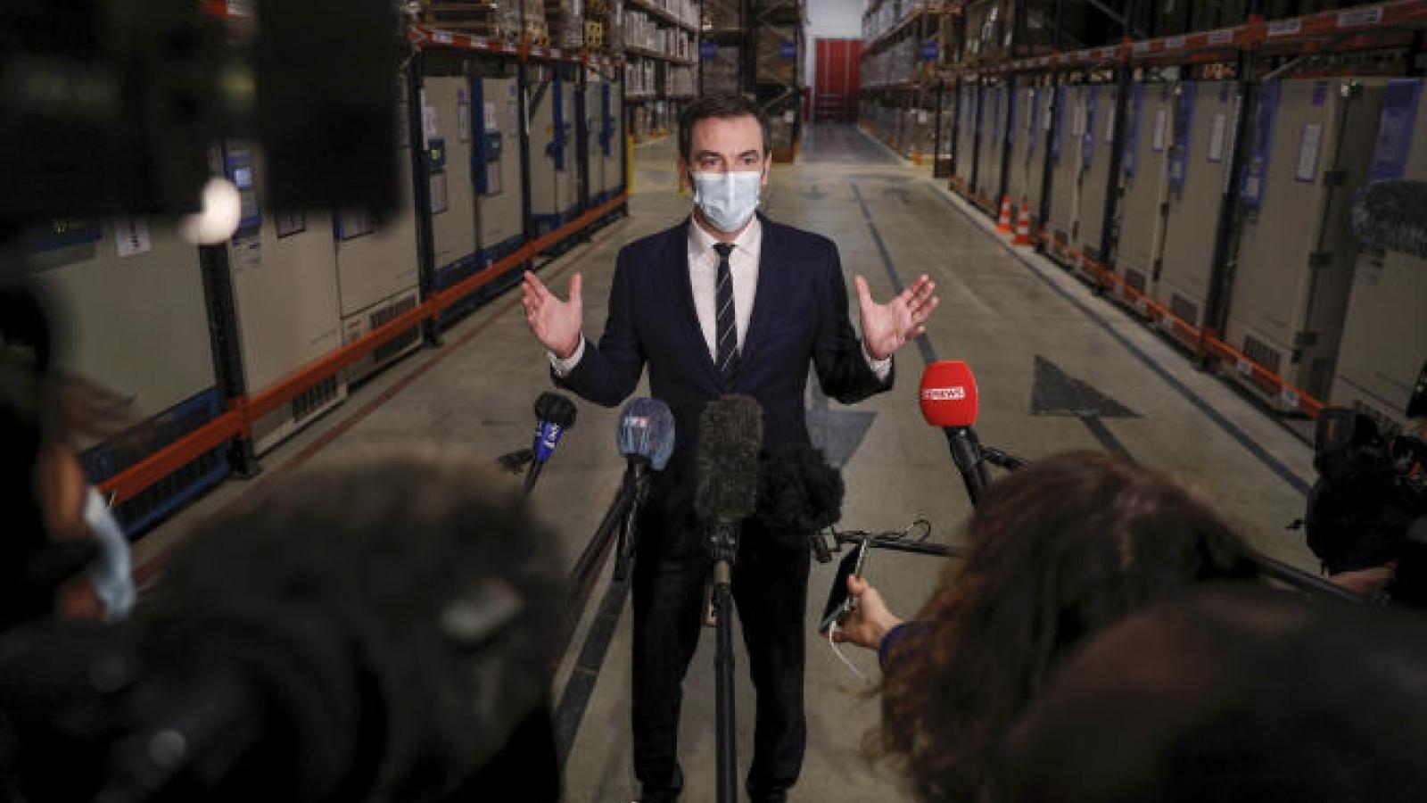 Pháp tăng tốc nhiều lần chiến dịch tiêm vaccinengừa Covid-19