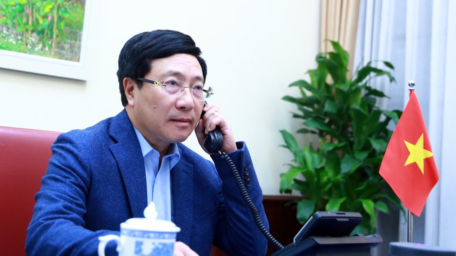 Phó Thủ tướng, Bộ trưởng Ngoại giaoPhạm Bình Minh điện đàm Ngoại trưởng Hoa Kỳ