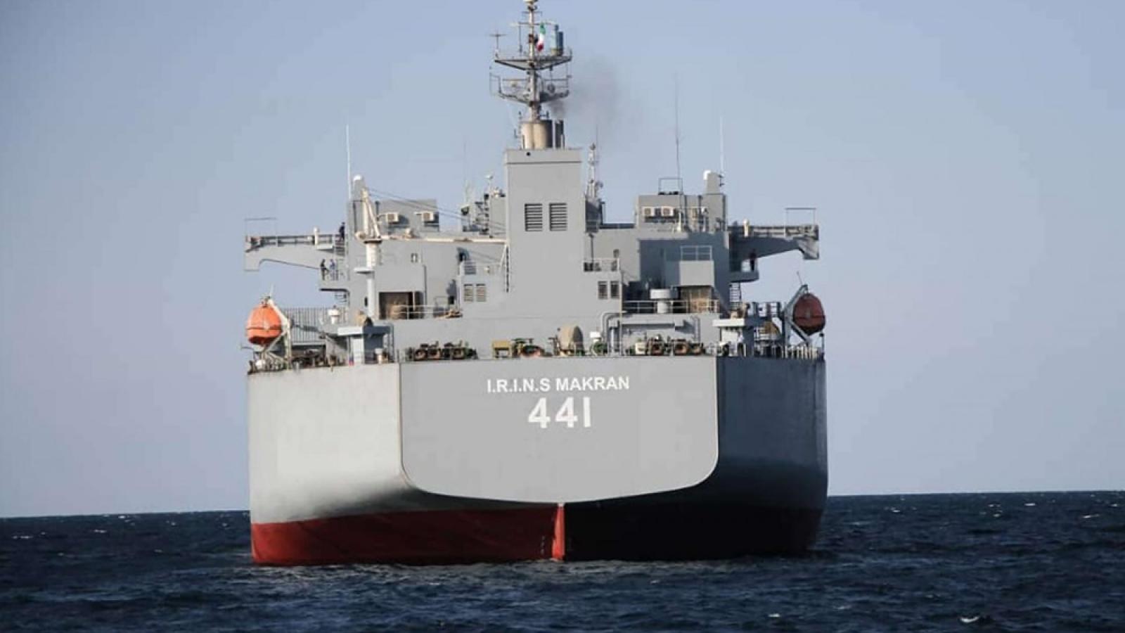 Iran diễn tập hải quân với tên lửa tầm ngắn ở Vịnh Oman
