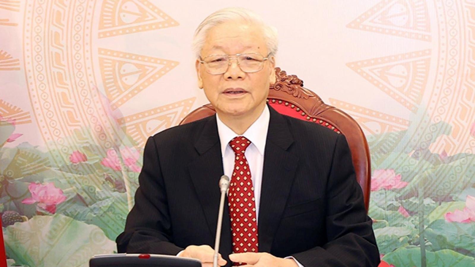 TổngBí thư, Chủ tịch nước Nguyễn Phú Trọng điện đàm với Tổng Bí thư Lào khóa XI