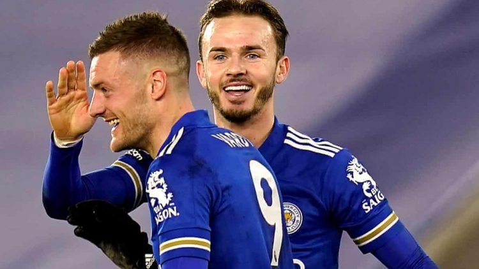 Thắng thuyết phục Chelsea, Leicester tạm chiếm ngôi đầu Premier League