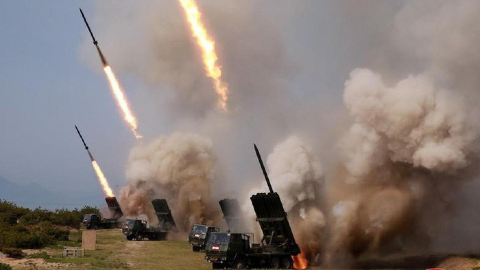 """Triều Tiên chuẩn bị phóng tên lửa """"chào đón"""" tân tổng thống Mỹ?"""