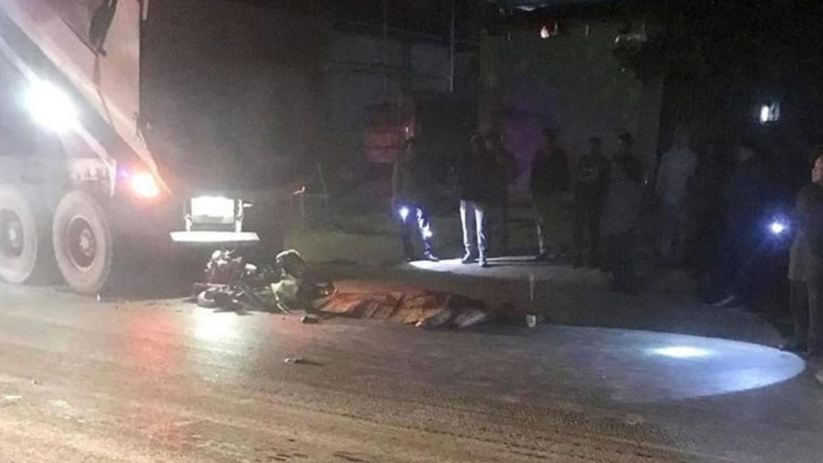 Va chạm với xe tải trên Quốc lộ 6, 1 người tử vong tại chỗ