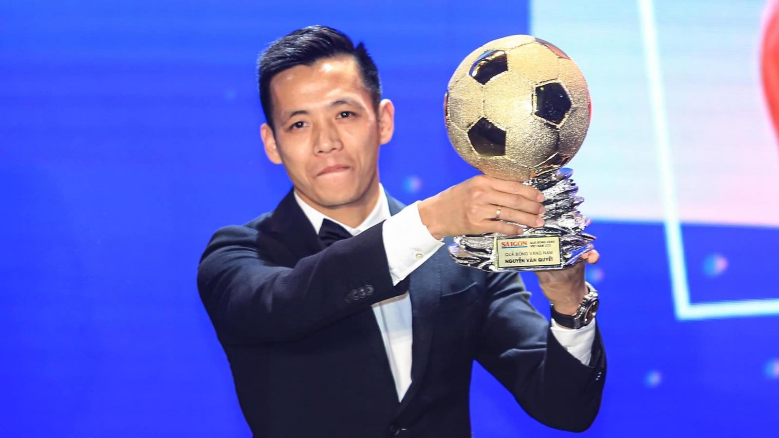 """Văn Quyết sẽ hóa giải """"vận đen"""" của Quả bóng Vàng Việt Nam ở AFF Cup?"""
