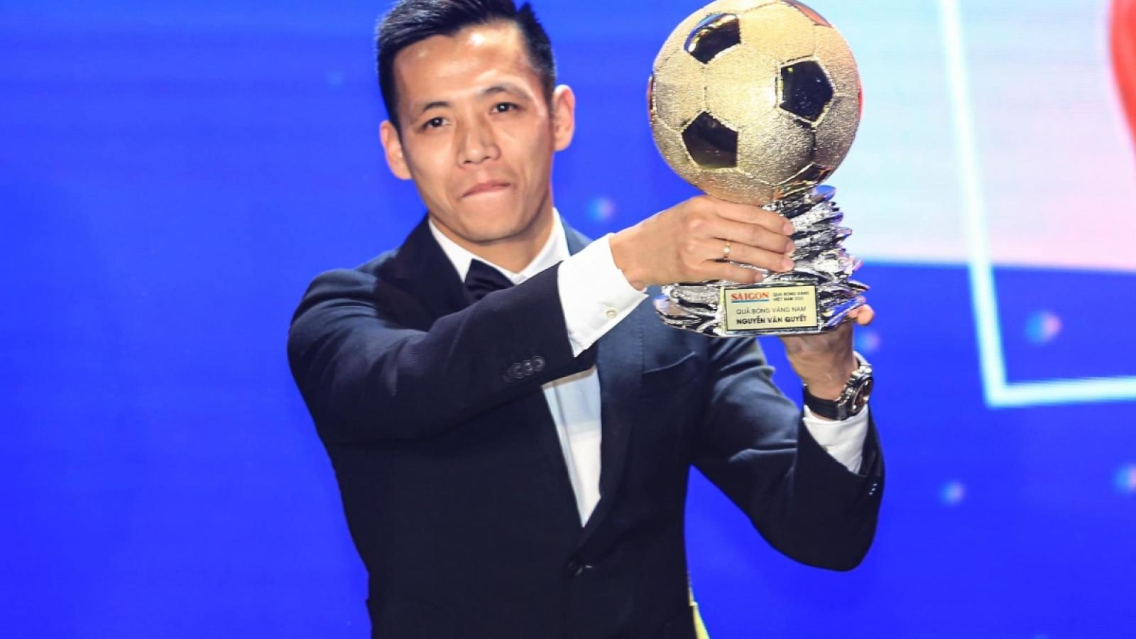 Văn Quyết nhận tin vui bất ngờ trước trận Hà Nội FC gặp Bình Dương