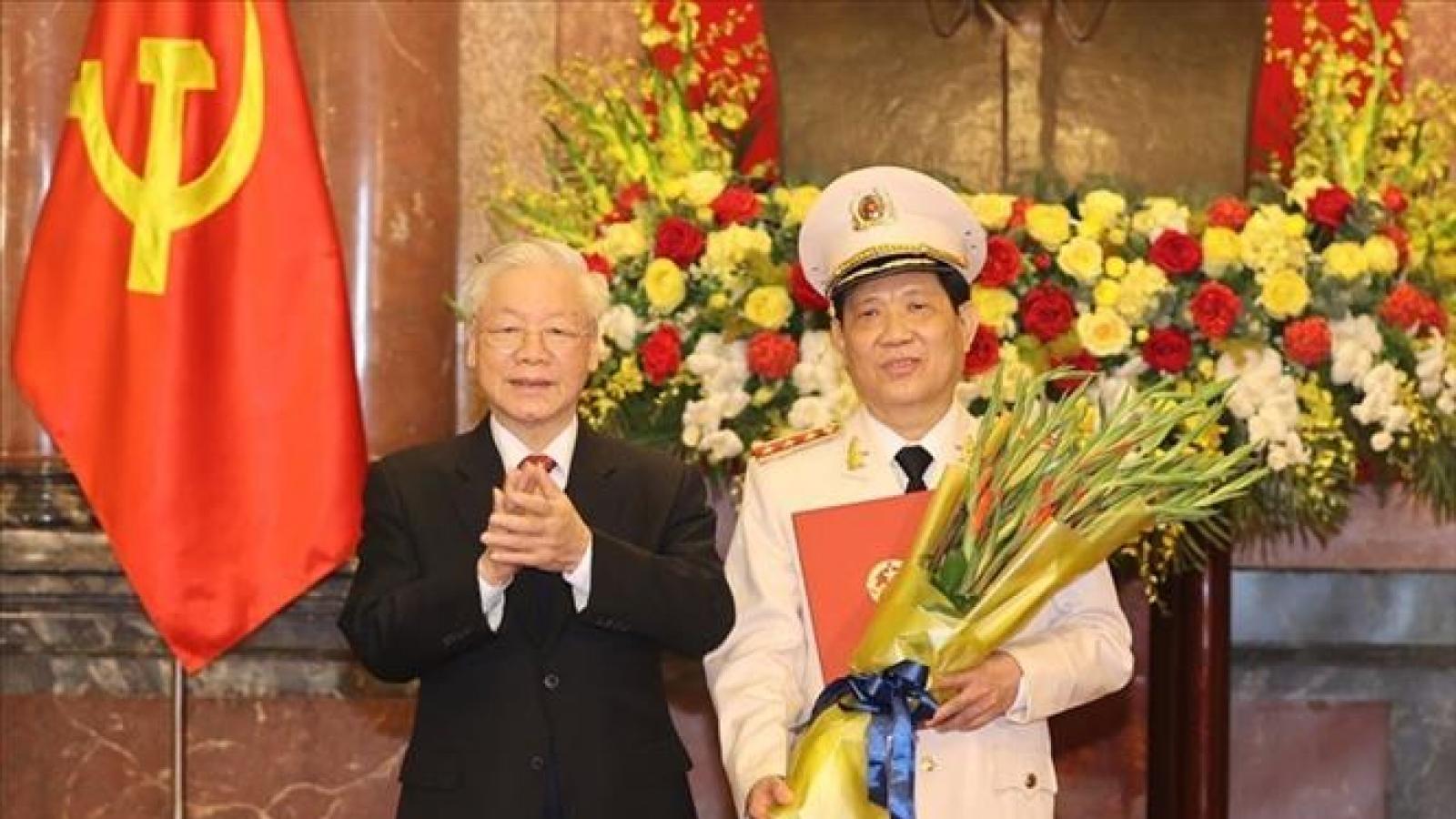 Tổng Bí thư, Chủ tịch nước trao Quyết định thăng cấp bậc hàm cho Thứ trưởng Bộ Công an