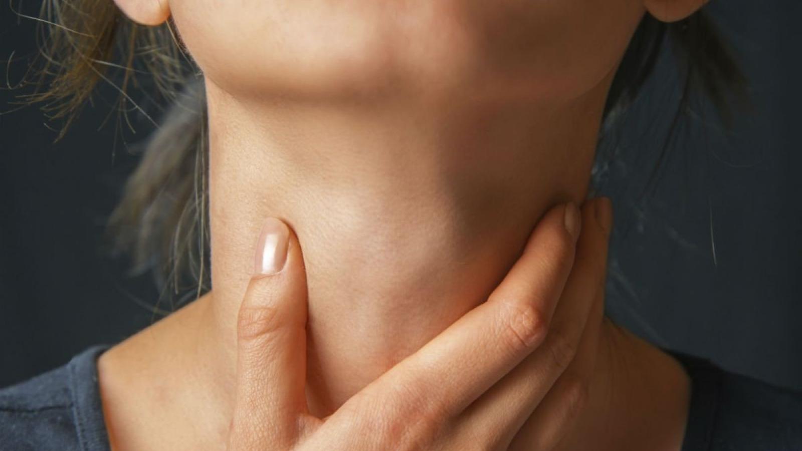 Cảnh báo nguy cơ ung thư hầu họng do quan hệ tình dục bằng miệng