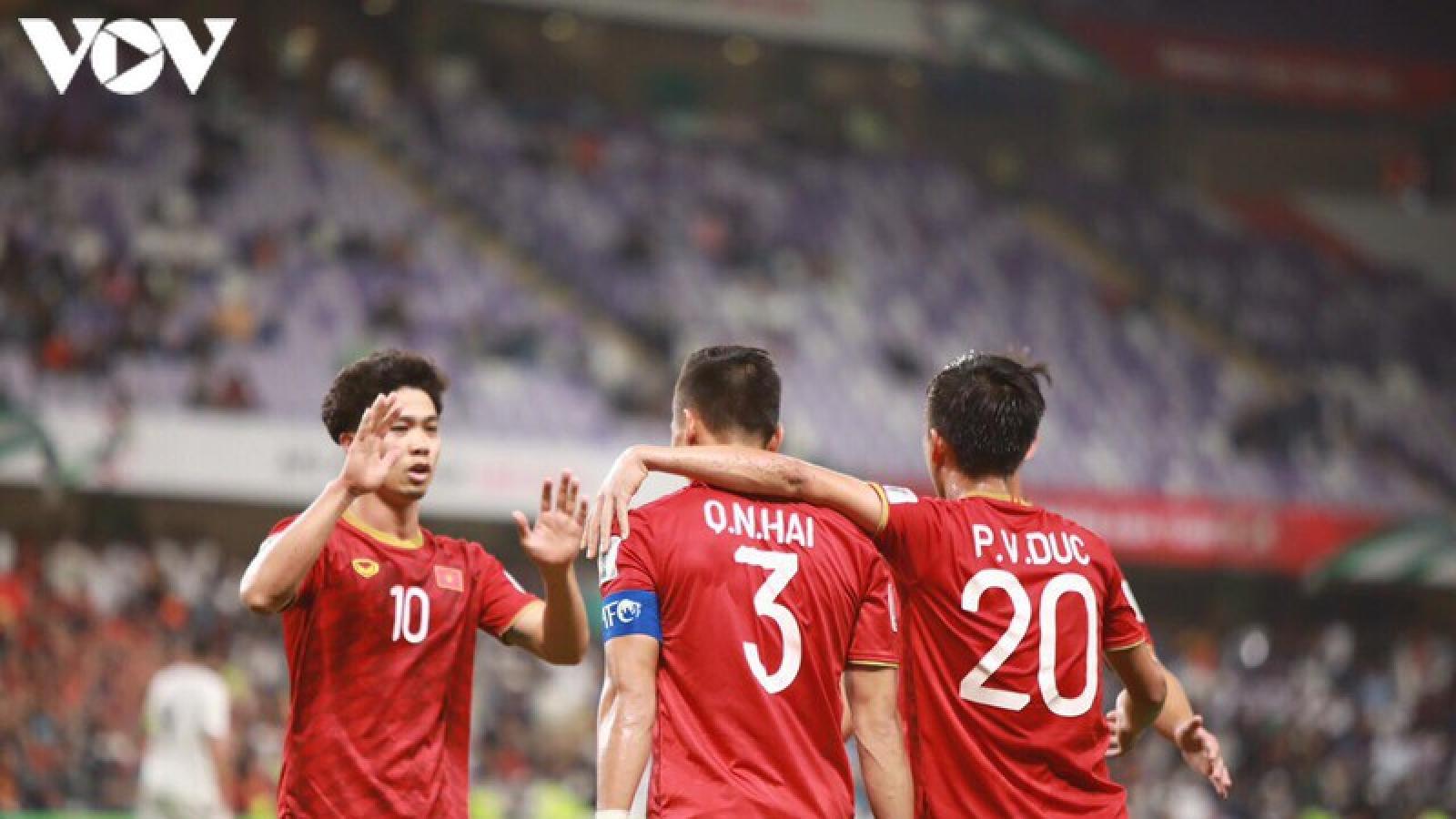 Ngày này năm xưa: ĐT Việt Nam vượt qua vòng bảng Asian Cup theo cách khó tin