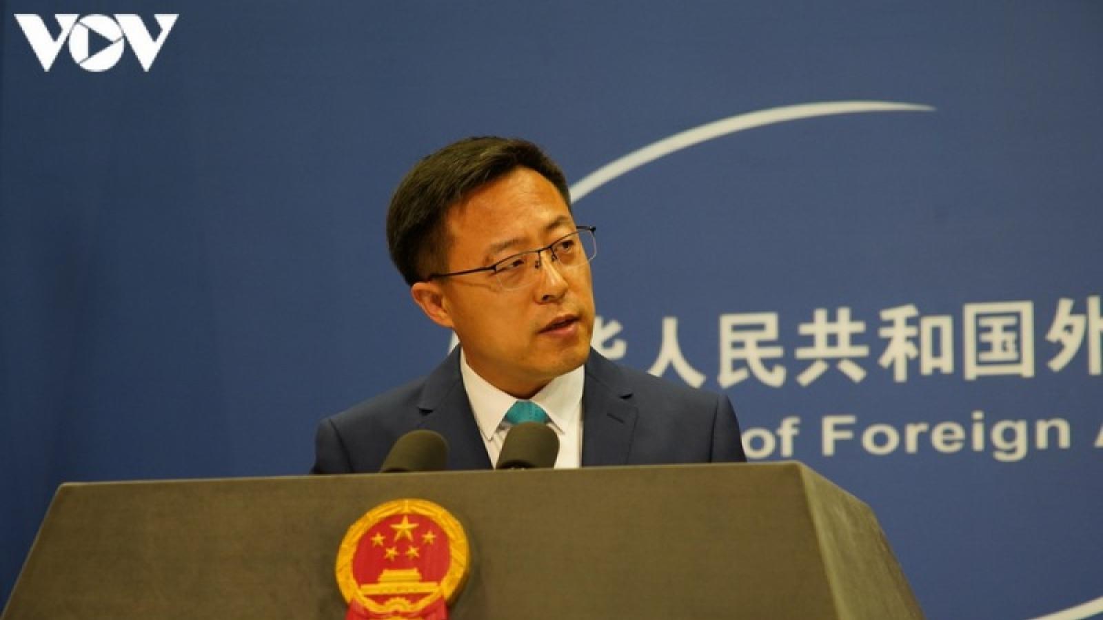 Trung Quốc tức giận việc Mỹ dỡ bỏ hạn chế trong quan hệ với Đài Loan