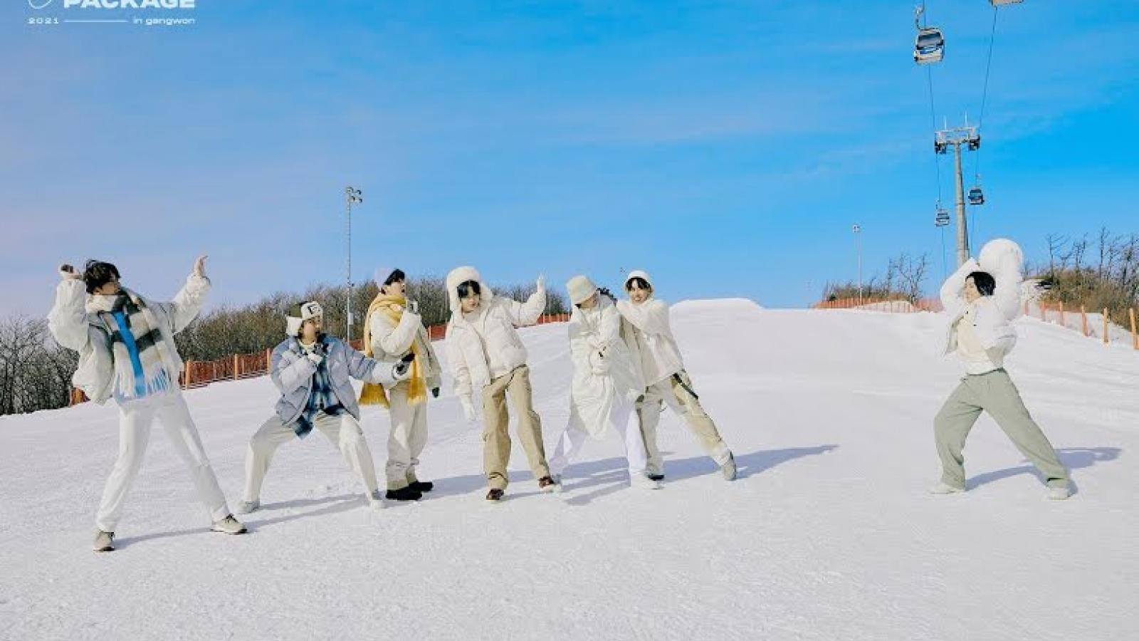 """BTS trẻ trung, ấm áp trong bộ ảnh đặc biệt """"Winter Package"""""""